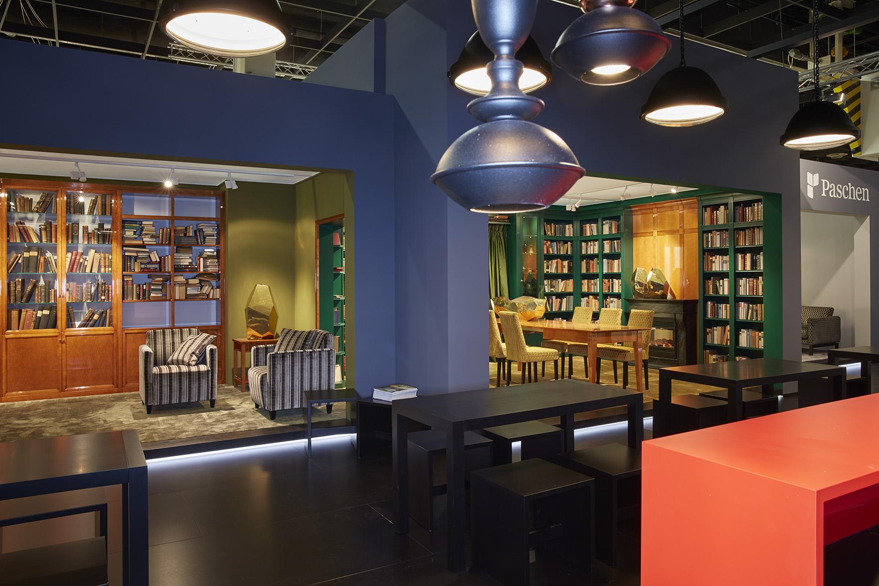 original paschen bibliothek feiert 25 geburtstag auf der imm cologne wohnen. Black Bedroom Furniture Sets. Home Design Ideas