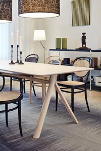 Thonet Holztisch 1060
