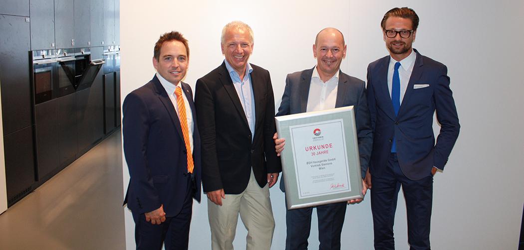 Küchenspezialisten_Siemens 30 Jahre Partnerschaft