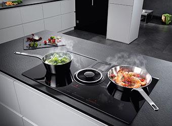 Kochen & Lüften in einem © AMK