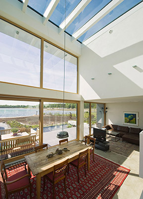 Wohnhaus mit Sonnenschutzglas © BF/Semcoglas Holding GmbH