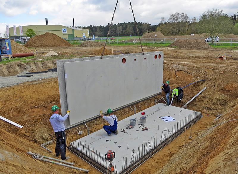Nur einen Tag dauert meist die Montage einer Technikbox © GÜF/Knecht
