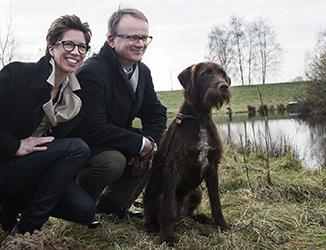 Theres und Johannes Sudbrock mit Hündin Ayla © VDM/Sudbrock