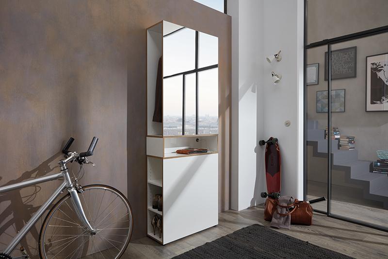 Verspiegelte Garderoben machen Räume größer © Germania/VDM